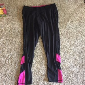 Women's Black Capris with vented bottoms